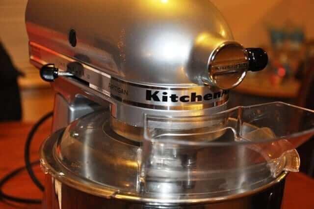 Close-Up-KitchenAid-Artisan-Stand-Mixer