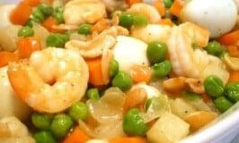 Shrimp with Quail Eggs and Green Peas