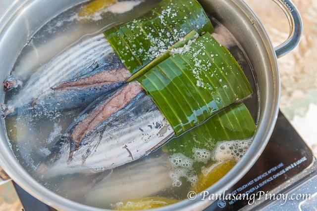 Sinaing na Tulingan Cooking in Pot