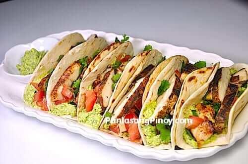 easy chicken tacos recipe with guacamole