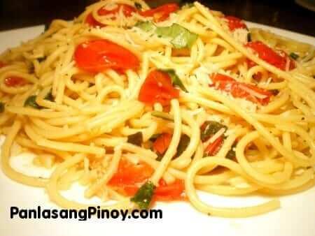 Spaghetti-with-Tomato-and-Basil