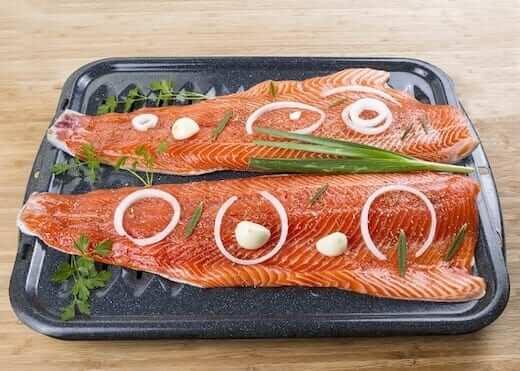 How-long-do-you-bake-salmon
