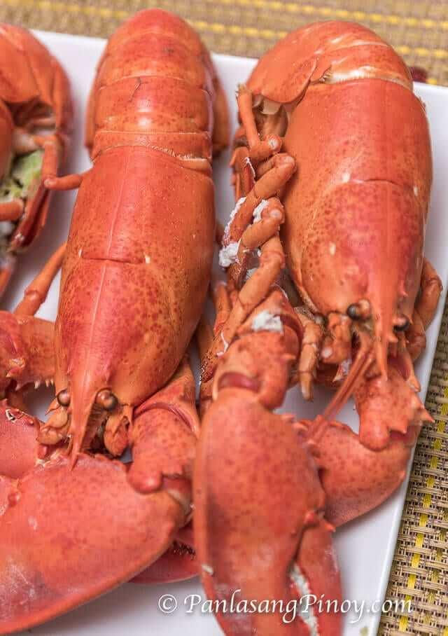 Steamed Lobster with Lemon Butter Sauce