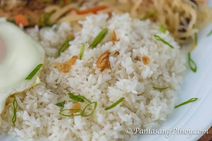 Sinangag fried rice with toasted garlic and chopped scallions