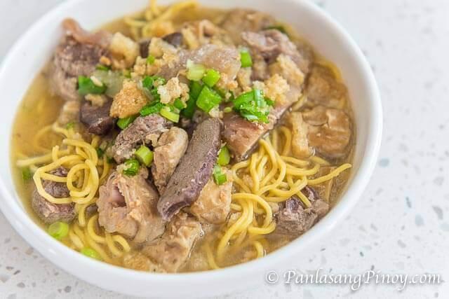la paz batchoy noodle soup