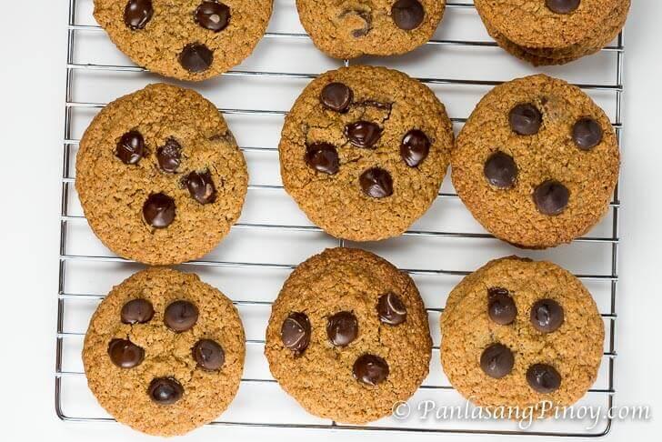 Oat Bran Choco Chip Cookies