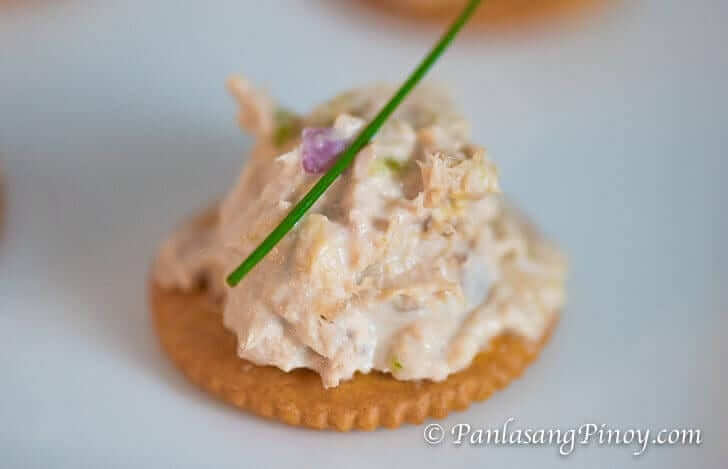 Tuna Salad Over Crackers