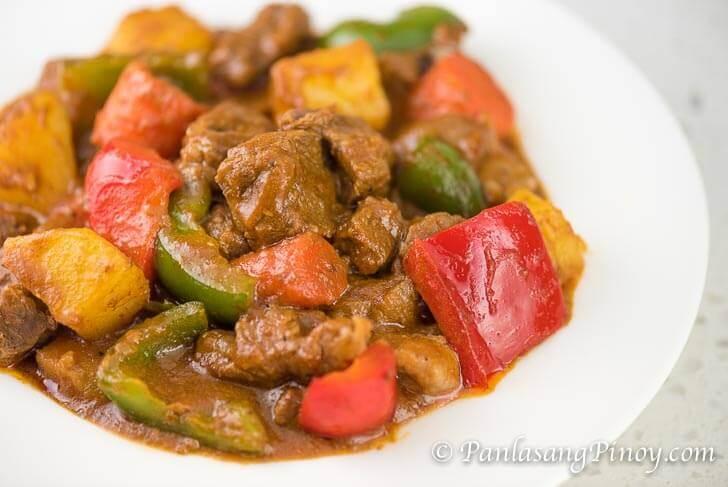 How to Cook Beef Kaldereta - Panlasang Pinoy