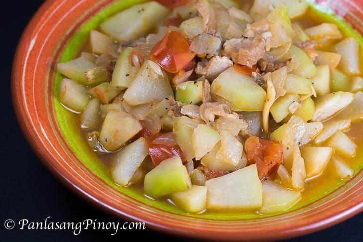 Sauteed Chayote with Pork and Tomato Recipe