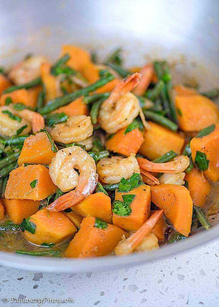 Ginisang Sitaw at Kalabasa with Shrimp Recipe