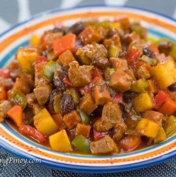 Panlasang Pinoy Pork Menudo with Ham Recipe