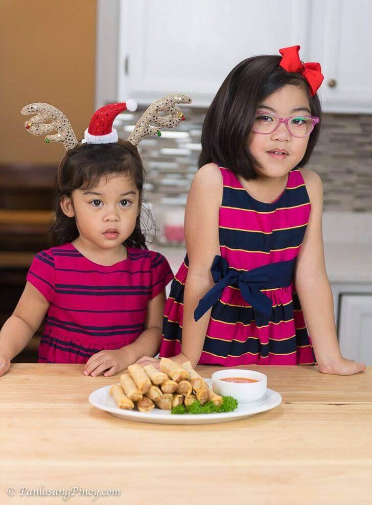 Danika and Danielle Making Lumpia