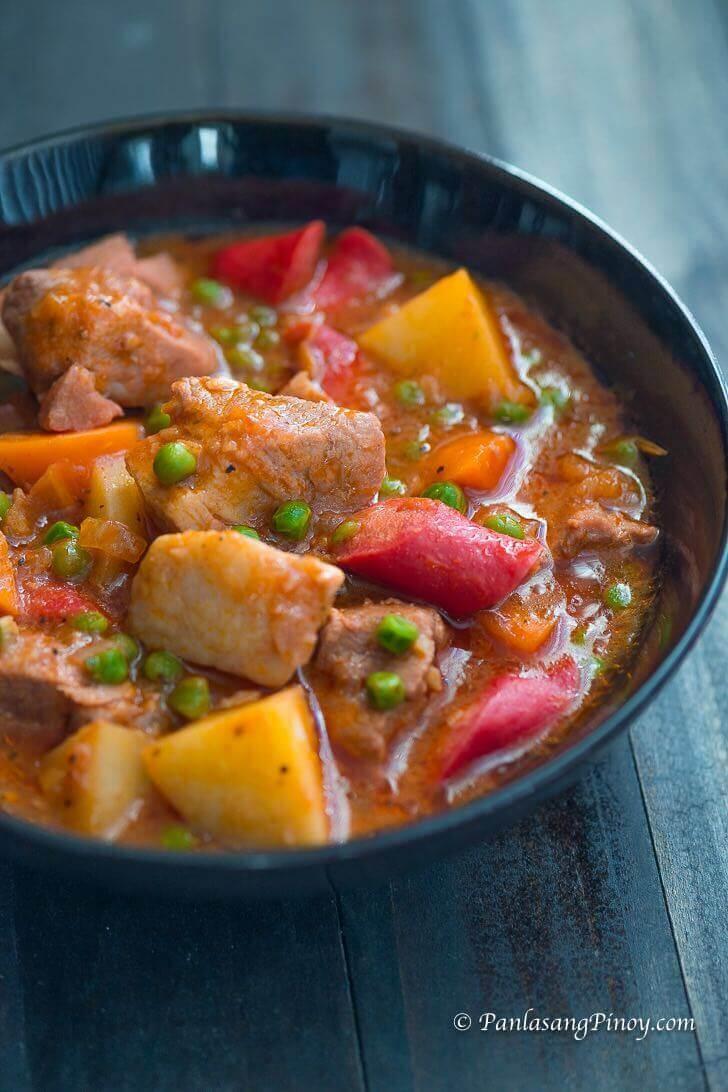 How to Cook Pork Afritada
