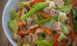 ginisang repolyo with chicken panlasang pinoy